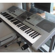 Electronic Keyboard Piano Synthesizer Yamaha - Music