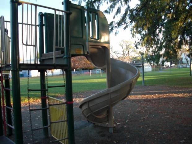Twisted Slide - Playground